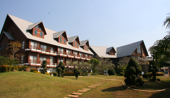 The Bonanza Resort and golf country club in Khao Yai, Pakchong