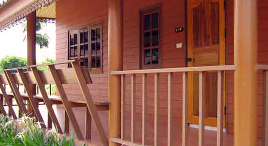Baan Saranya Lodge & Restaurant Khao Yai, resort in Kao Yai