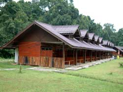 bungalows rooms for 2 in Khao Yai national park
