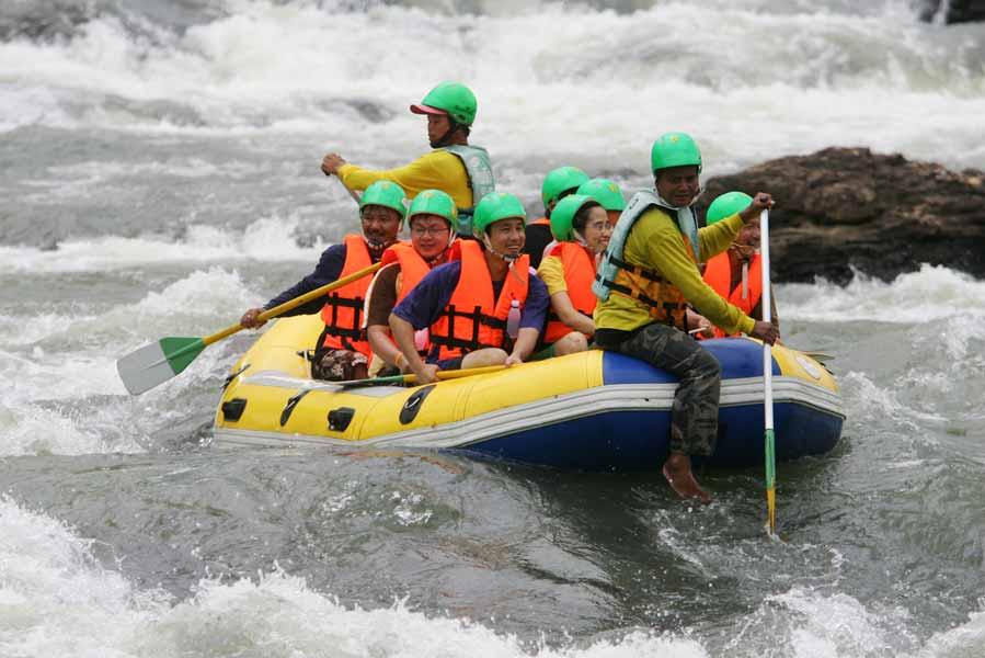 Rafting in Khao Yai: Kaeng Hin Phoeng rapids in Prachinburi | Khao Yai Travel Guide